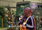 जम्मू-काश्मिरमध्ये दहशतवादी हल्ल्यात २ जवान शहीद